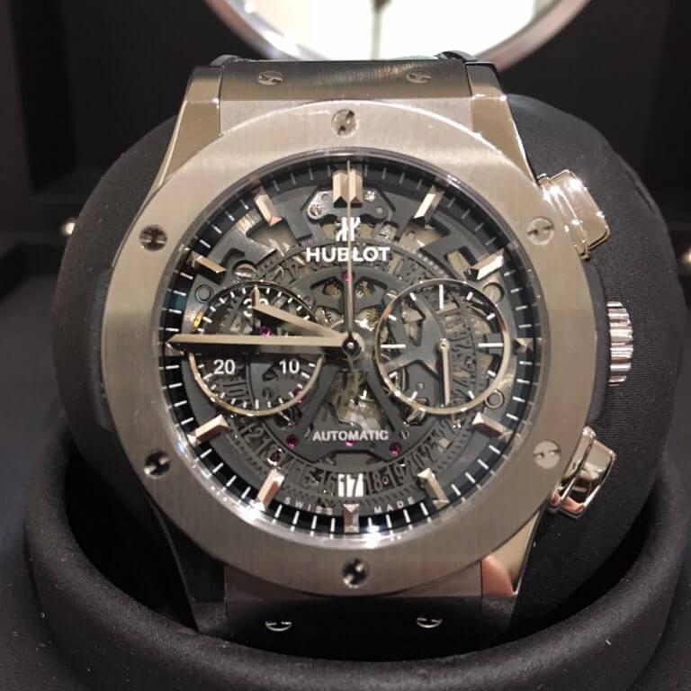 三重からウブロの腕時計【アエロフュージョン クロノグラフ】を買取_02