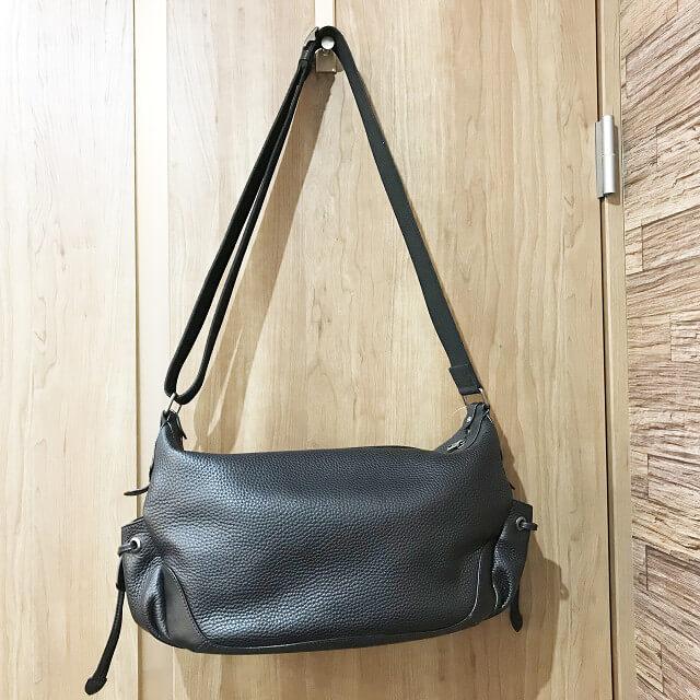 枚方店にてハンティングワールドのショルダーバッグを買取_02