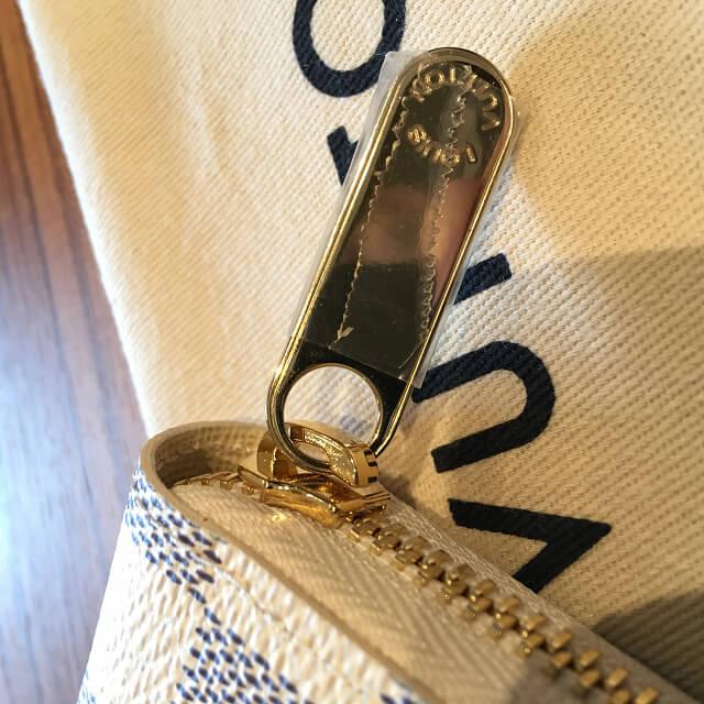 今里のお客様からヴィトンのダミエアズールの長財布【ジッピーウォレット】を買取_03