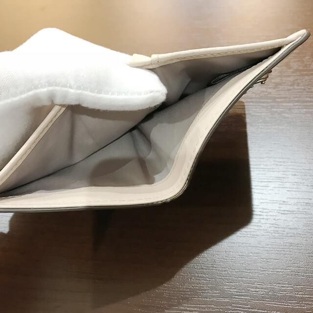 大和西大寺のお客様からマークバイマークジェイコブスの財布を買取_03