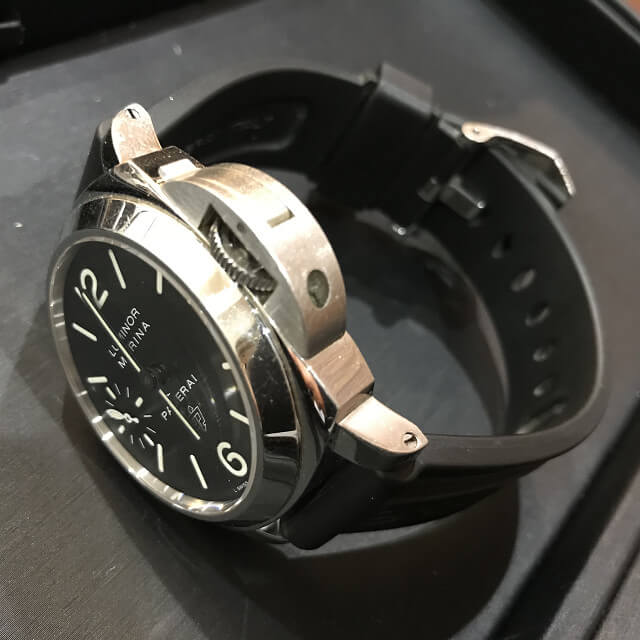 釧路からパネライの腕時計【ルミノール ベース】を買取_03