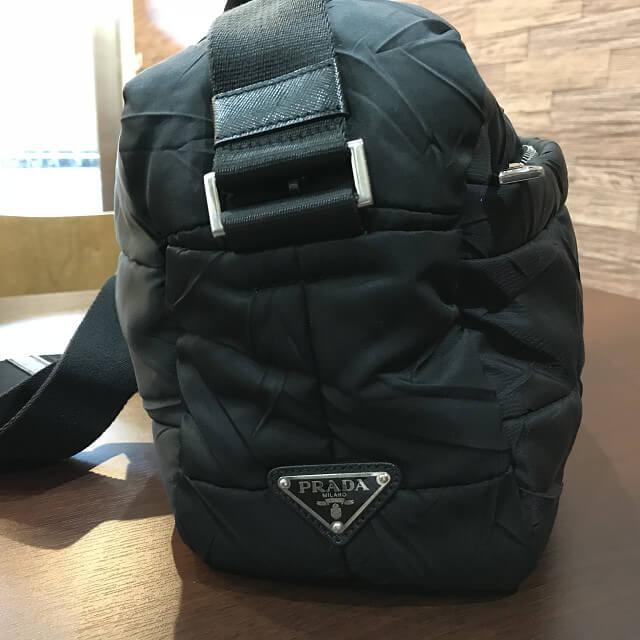 東大阪のお客様からプラダのナイロンショルダーバッグを買取_03