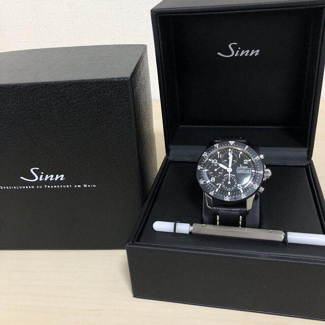 中目黒からSINN(ジン)のクロノグラフの腕時計を買取_03
