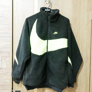 大阪でNIKE(ナイキ)の【ビッグ スウォッシュ ボア ジャケット】を買取