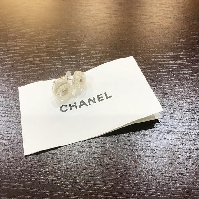 箕面のお客様からシャネルのココマークピアスを買取_04