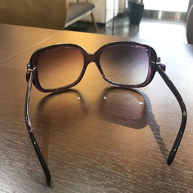 堀江のお客様からシャネルのサングラスを買取_03