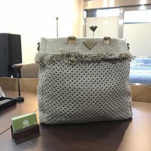 神田からプラダの麻トートバッグを買取