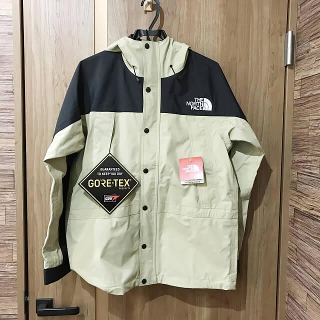 大阪でTHE NORTH FACE(ザ・ノースフェイス)のマウンテンライトジャケットを買取_01