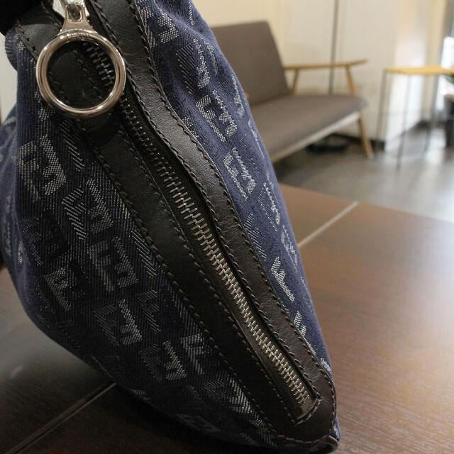 北見店にてフェンディのズッカ柄ハンドバッグを買取_03