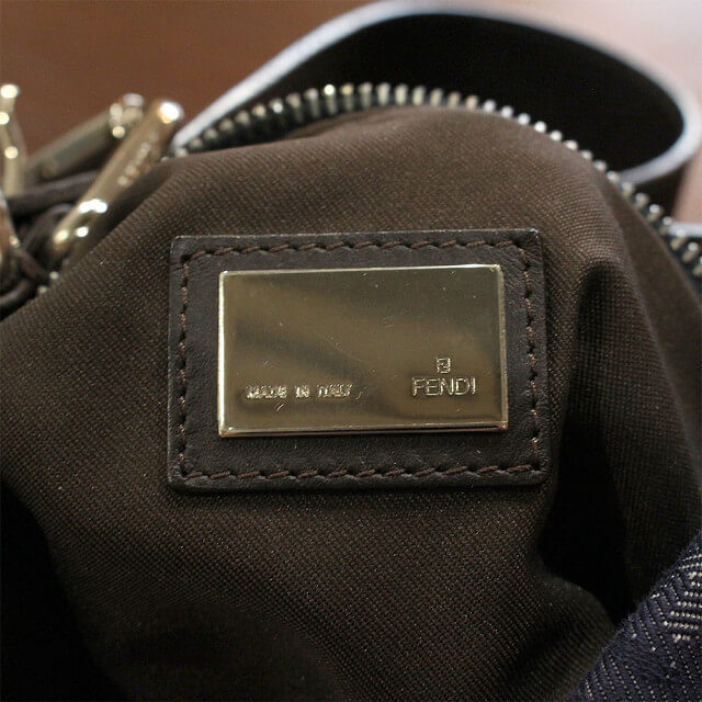 北見店にてフェンディのズッカ柄ハンドバッグを買取_04