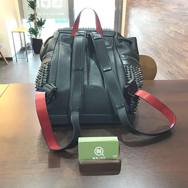 大阪のお客様からルブタンのバックパック【エクスプローラー ファンク】を買取_02