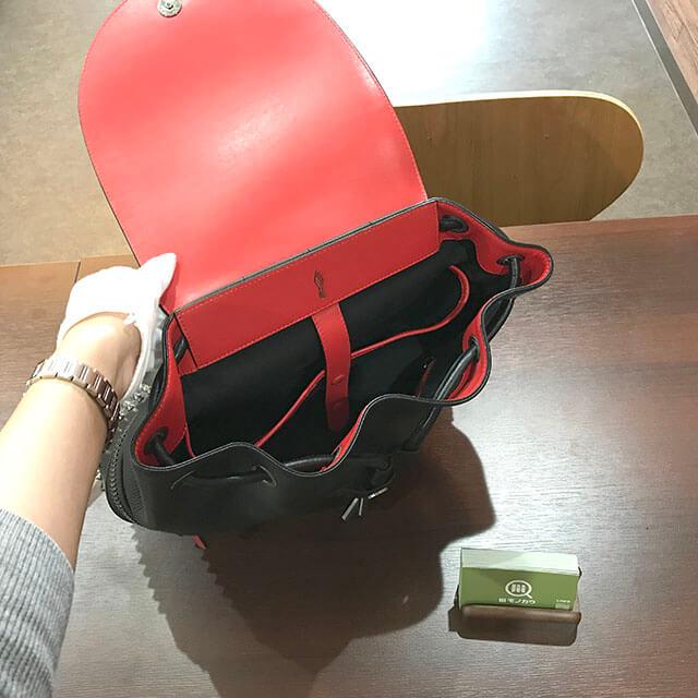 大阪のお客様からルブタンのバックパック【エクスプローラー ファンク】を買取_04