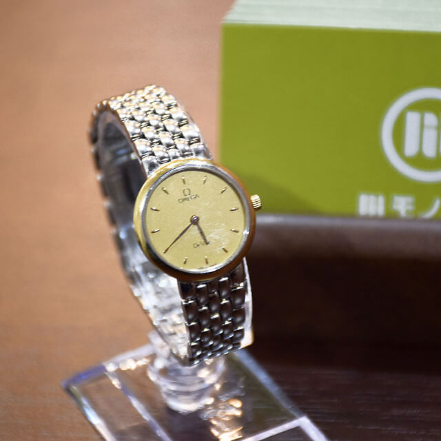 長田のお客様からオメガの腕時計【デビル】を買取_01