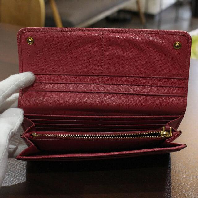 鶴橋のお客様からプラダの長財布【フィオッコ】を買取_03