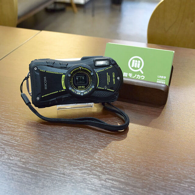 森ノ宮のお客様からRICOH(リコー)のデジタルカメラを買取_01