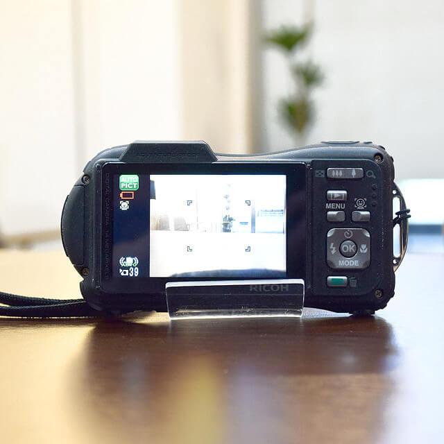 森ノ宮のお客様からRICOH(リコー)のデジタルカメラを買取_03