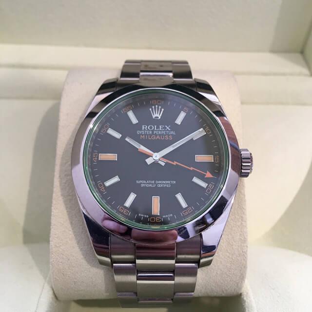 大阪梅田のお客様からロレックスの腕時計【ミルガウス】を買取_01
