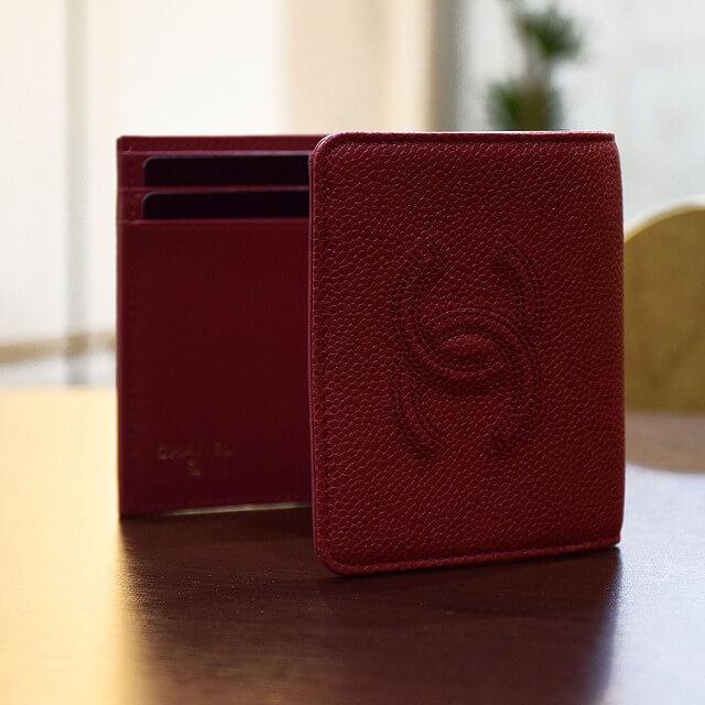 宝塚のお客様からシャネルのキャビアスキンの財布を買取_02