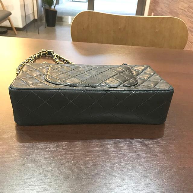 住吉のお客様からシャネルのマトラッセチェーンショルダーバッグを買取_03