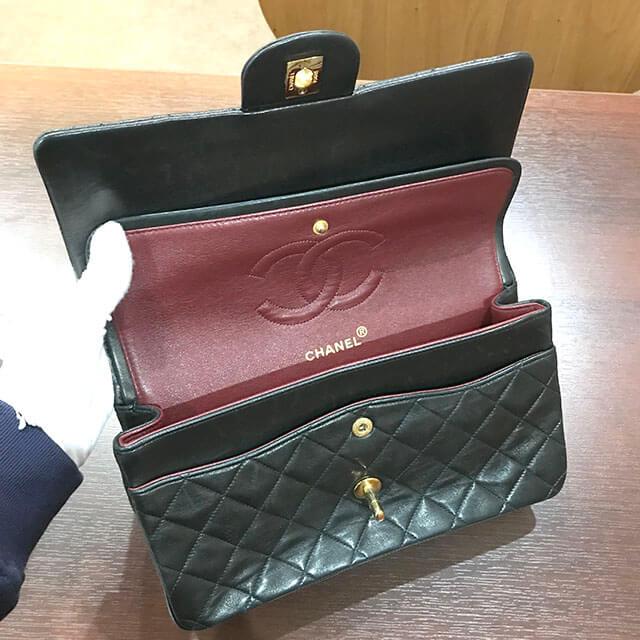 住吉のお客様からシャネルのマトラッセチェーンショルダーバッグを買取_04