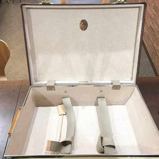 大阪のお客様からグローブトロッターのキャリーケース【サファリ】を買取_04