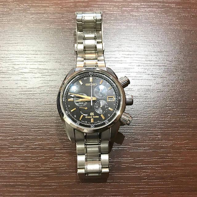 谷町六丁目のお客様からグランドセイコーの腕時計【スプリングドライブ クロノ】を買取_02