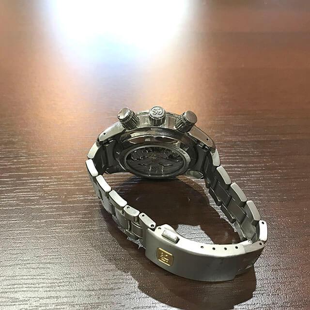 谷町六丁目のお客様からグランドセイコーの腕時計【スプリングドライブ クロノ】を買取_03