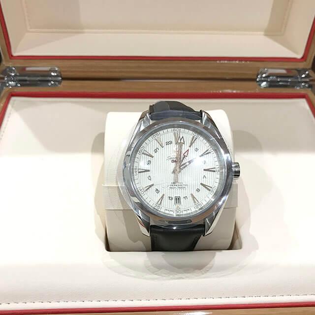 荻窪のお客様からオメガの腕時計【シーマスター アクアテラGMT】を買取_02