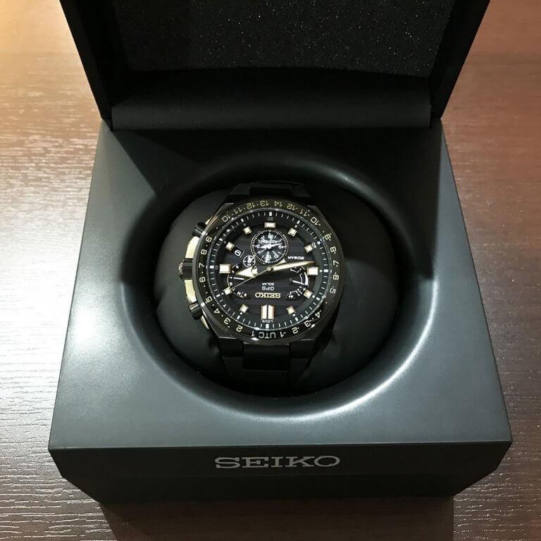 谷町六丁目のお客様からセイコーの腕時計【アストロン・デュアルタイム】を買取_02