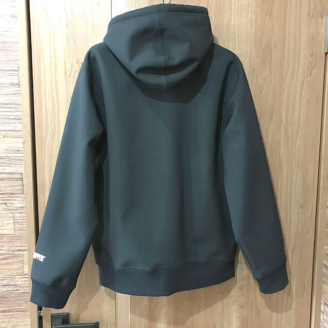 今里のお客様からSupremeの 18AW Windstopper Zip Up Hooded Sweatshirts パーカーを買取_02