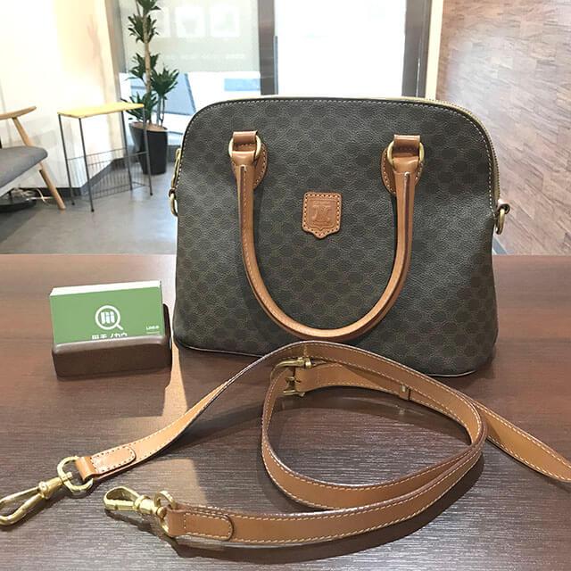 大阪市内のお客様からセリーヌのマカダム柄2wayバッグを買取_01