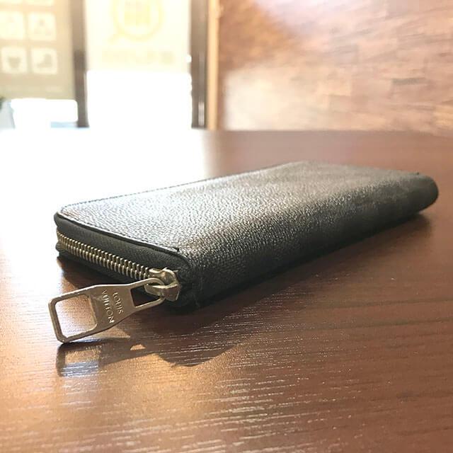 モノカウ枚方店にてヴィトンのダミエグラフィットの長財布を買取_02