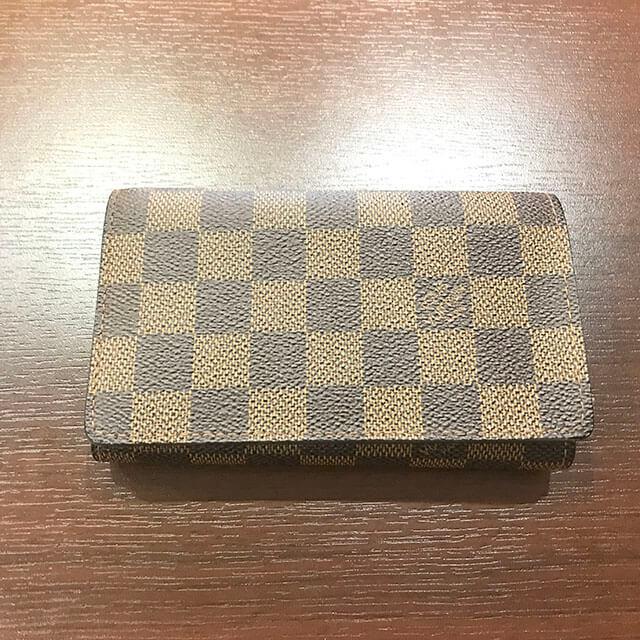 箕面のお客様からヴィトンの財布【トレゾール】を買取_02