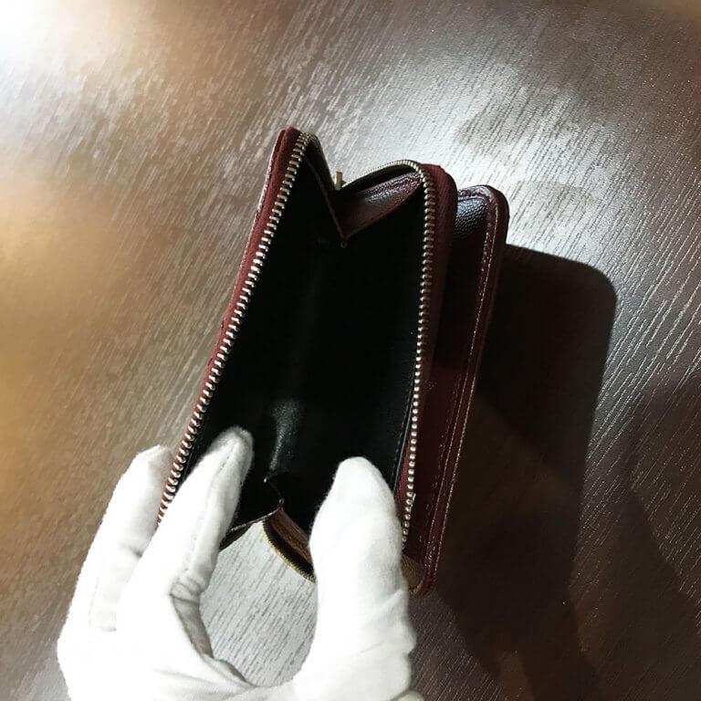 箕面のお客様からサンローランのYSLロゴ ラウンドファスナー長財布を買取_03