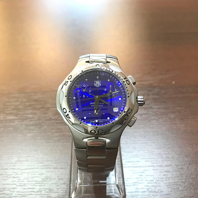 大月市のお客様からタグホイヤーの腕時計【キリウム クロノグラフ】を買取_02