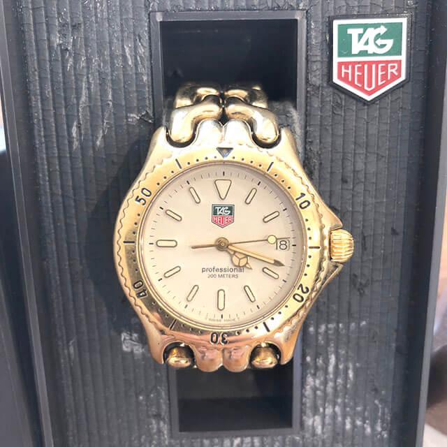 京橋のお客様からタグホイヤーの腕時計【セル】を買取_02