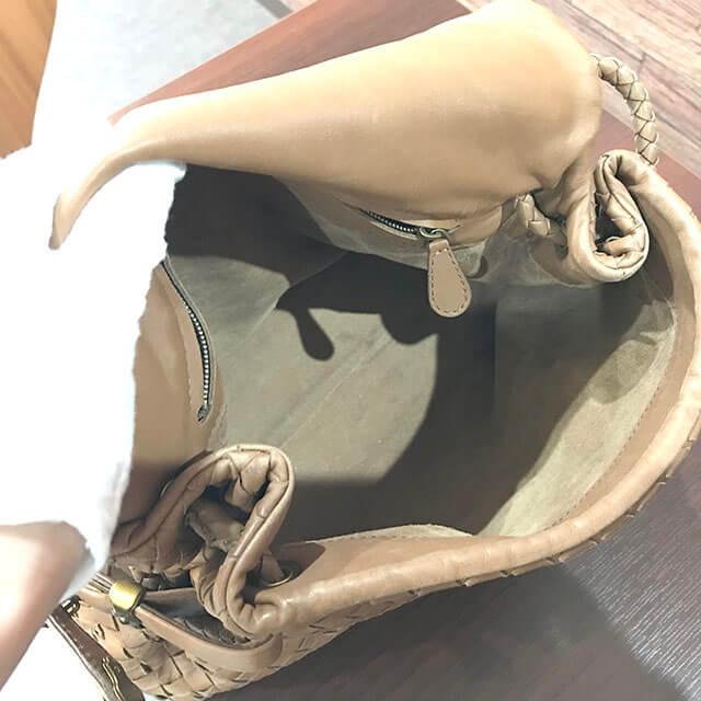 鶴橋のお客様からボッテガヴェネタのハンドバッグを買取_03