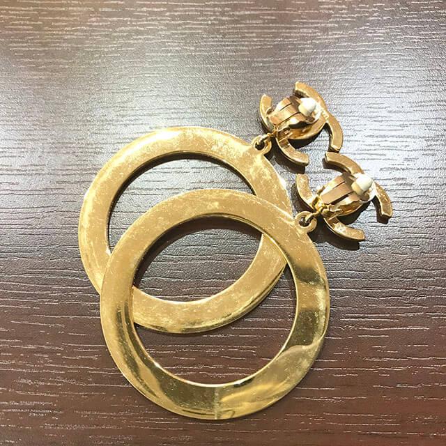 長田のお客様からシャネルのココマークイヤリングを買取_04