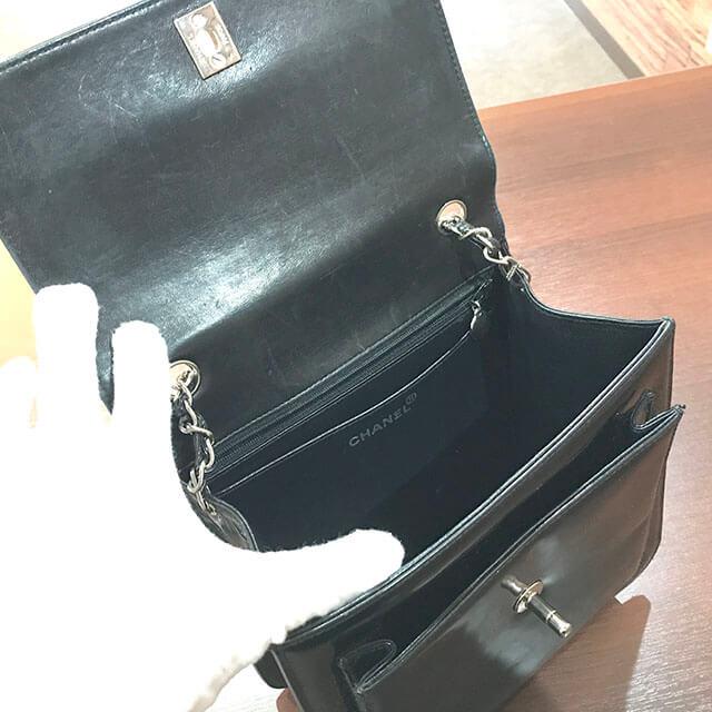 枚方のお客様からシャネルのエナメルチェーンショルダーバッグを買取_03
