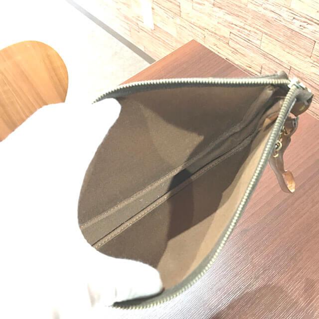吹田のお客様からヴィトンのアクセサリーポーチを買取_03