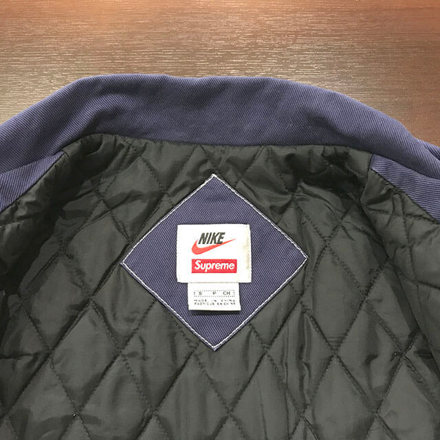 門真のお客様からSupreme×NIKE 18AW 18FW Double Zip Quilted Work Jacketを買取_03
