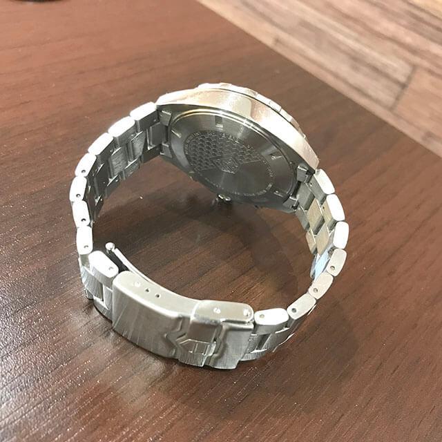 谷町六丁目のお客様からタグホイヤーの腕時計【フォーミュラ1】を買取_04
