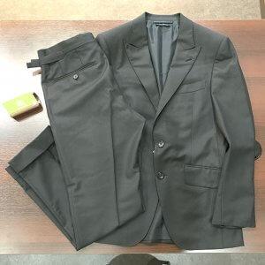 難波のお客様からトムフォードのオコナースーツを買取
