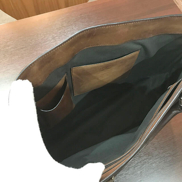 大阪のお客様からベルルッティのトートバッグ【トゥジュール】を買取_03