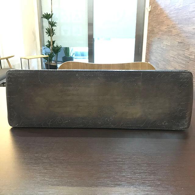 大阪のお客様からベルルッティのトートバッグ【トゥジュール】を買取_02