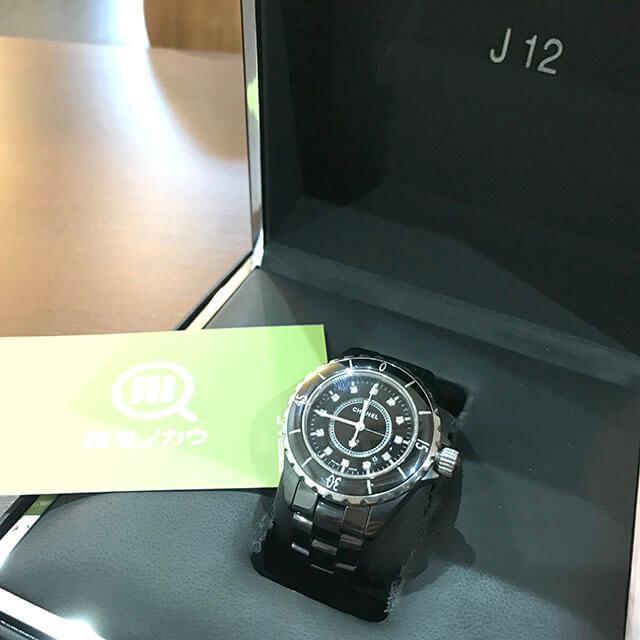 玉造のお客様からシャネルの腕時計【J12】を買取_01