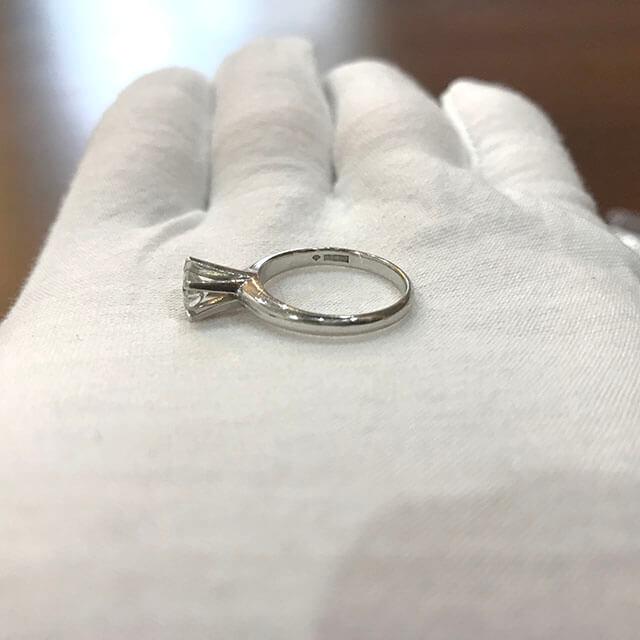 玉造のお客様から0.5ctのダイヤモンドの指輪を買取_02