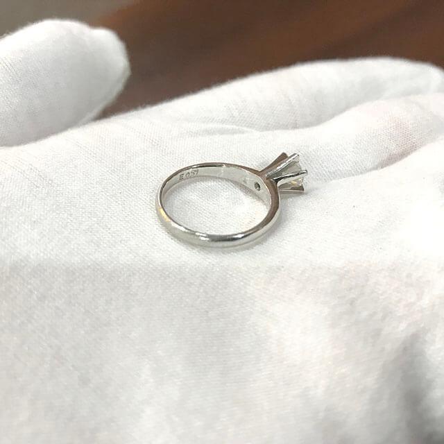 玉造のお客様から0.5ctのダイヤモンドの指輪を買取_03