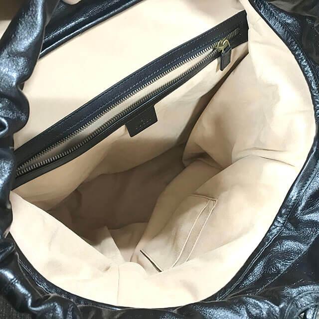 和泉のお客様から19/20秋冬のグッチの新作バッグ【リ(ベル)レザー バックパック】を買取_04