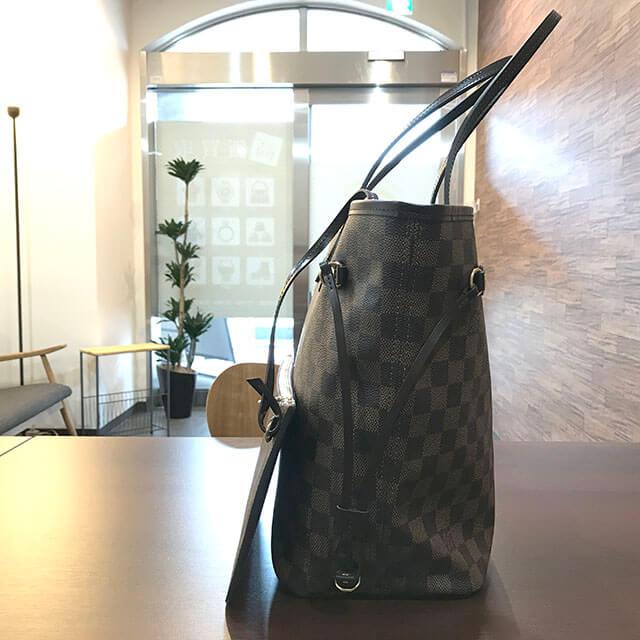 網走のお客様からヴィトンのダミエのバッグ【ネヴァーフルMM】を買取_02